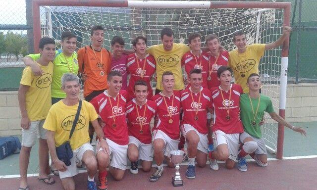 Por fin campeones de las 24 horas de #FutbolSala de #Ontinyent !!! Enhorabuena cracks!!! #NiIdeaFS