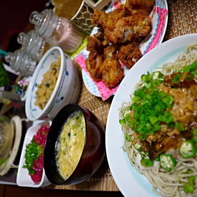 夏バテ防止に 山芋、オクラ、なめ茸、納豆、万能ネギを掛けた冷たいお蕎麦♥  圧力鍋でフライドチキンを茹でた時に出た 鶏ガラスープを使った卵スープ♪ - 41件のもぐもぐ - スタミナねばねば蕎麦  フライドチキン  卵スープ  本鮪の中落ち  さつま芋入り卯の花 by YokoIshikawa