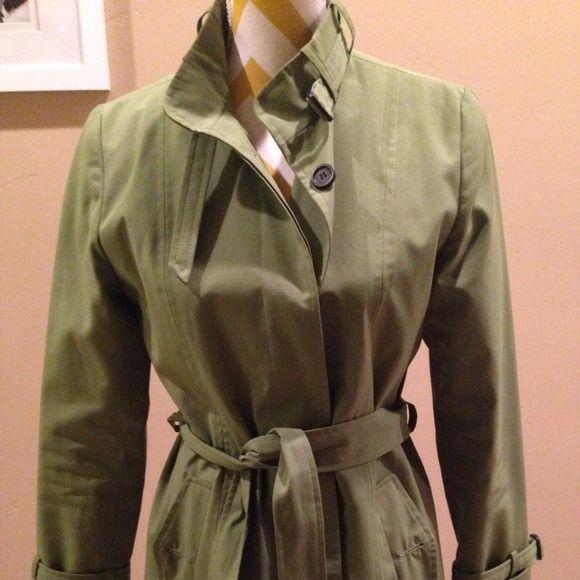 Super cute and stylish Raincoat! Bright Green stylish raincoat! jheri Richards Jackets & Coats