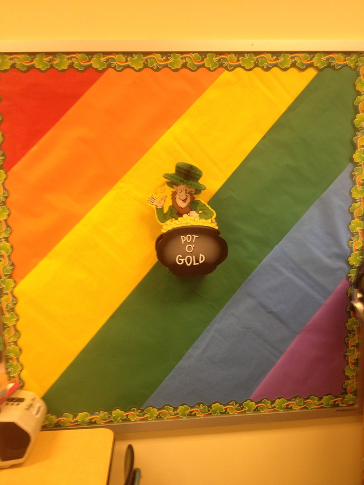 Rainbow bulletin board unit- see rainbow writing for what to display