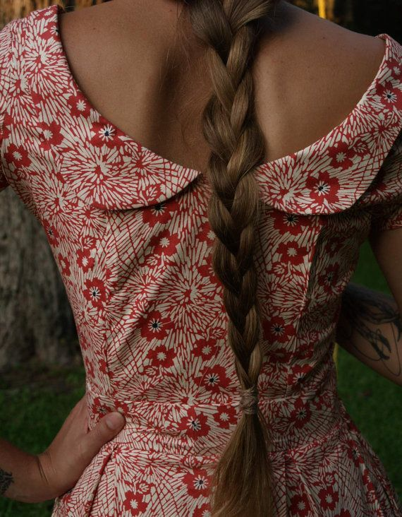 ah love the back on this dress!