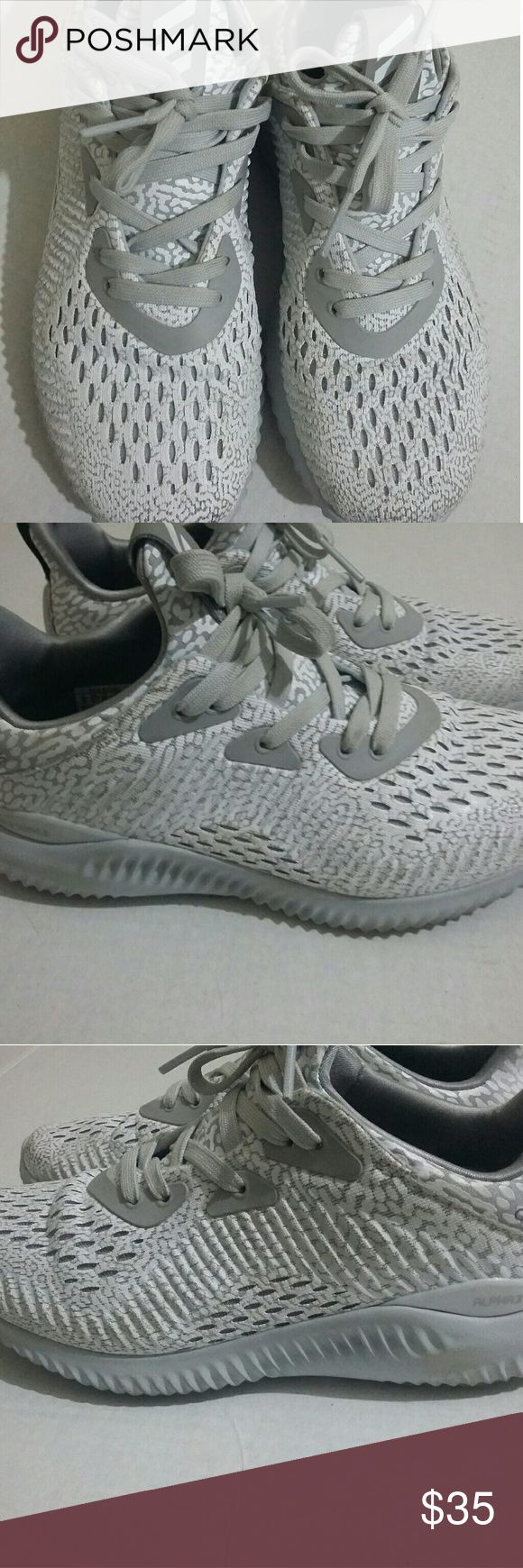 Adidas Alpha Bounce Aramis Running Shoes Size 5 Boys Youth Fabric/Mesh upper Gray and white Minor scuffs on heels and front No tears or stains Made in China Good condition Adidas Shoes Sneakers