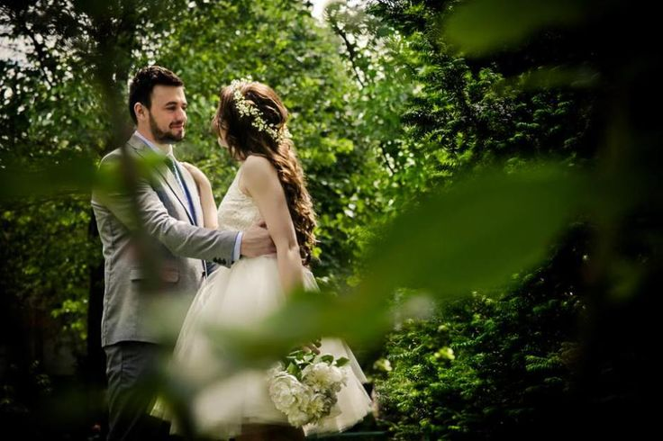 There was magic in the air: Ionut & Mary, outdoor wedding photography by Alexandru Grigore