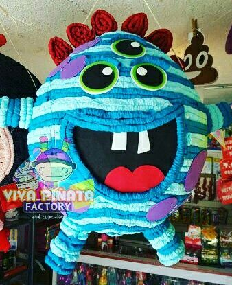 #Piñata #Monstruo  visítanos en #VivaPiñataStore tenemos productos y promociones solo válidas en mostrador.