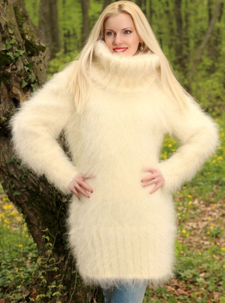 Ivory Cream Hand Knitted Mohair Sweater Fuzzy Turtleneck