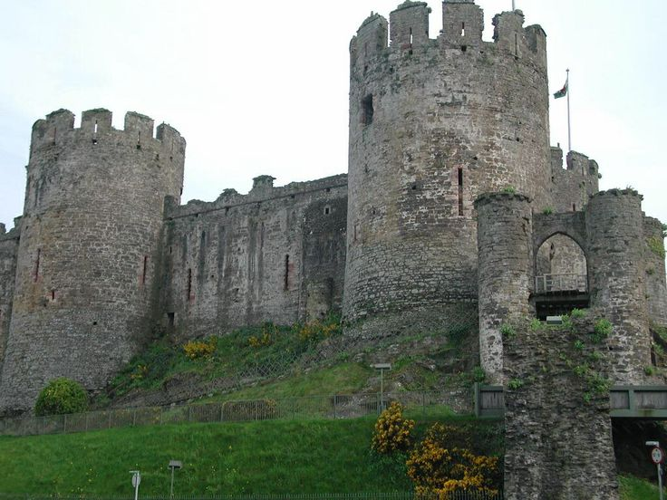 british castles essay Get plagiarism free papers, 100% guarantee we are ready to do our best to create an excellent paper for you order now how it works 1 submit your order 2.