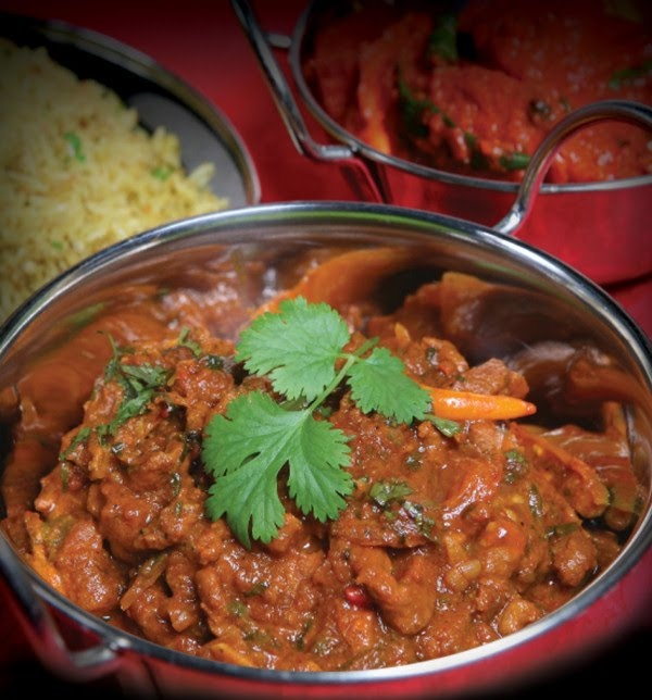 Paleo Rogan Josh - Holy god this recipe is amazing. Serve with plenty of steamed veggies or cauliflower 'rice' to soak up the tasty tasty sauce.