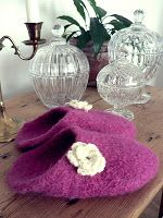 Knit 'n Pearl: Felted slippers - once again
