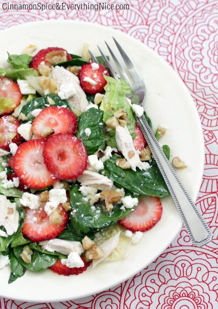 "Strawberry and Chicken Spinach Salad | Cinnamon Spice & Everything Nice - ""Baby spinach, romaine hearts, sliced strawberries, bites of chicken, feta, and walnuts come together with the help of a honey white wine vinaigrette"" - perfect spring/summer salad!"
