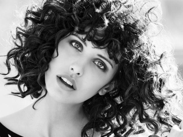 Imagen cortes-de-pelo-rizado del artículo Cortes de pelo para mujer Otoño Invierno 2016 – 2017