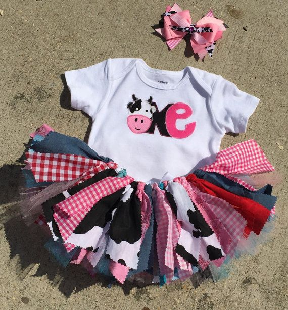 Hey, I found this really awesome Etsy listing at https://www.etsy.com/uk/listing/251035637/barnyard-birthday-outfit-cowgirl-first