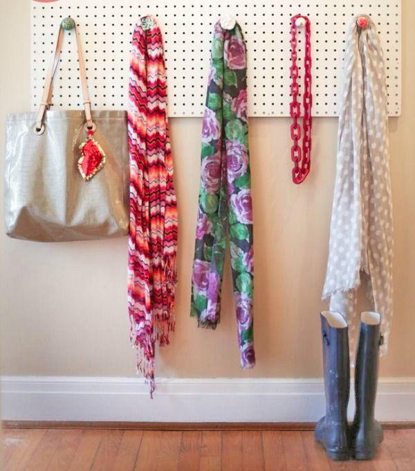 gaatjesboard sjaals ophangen