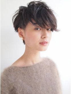 ナヌーク 渋谷店(nanuk) 黒髪で『エッジ感』のあるクセ毛風ツーブロックショート◇◇