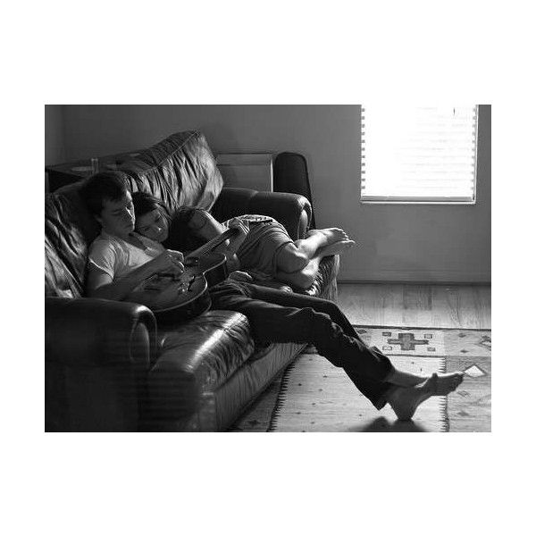 Gallery For > Cute Tumblr Couples Cuddling ❤ liked on Polyvore featuring couples, black and white, cuddling, love and pictures