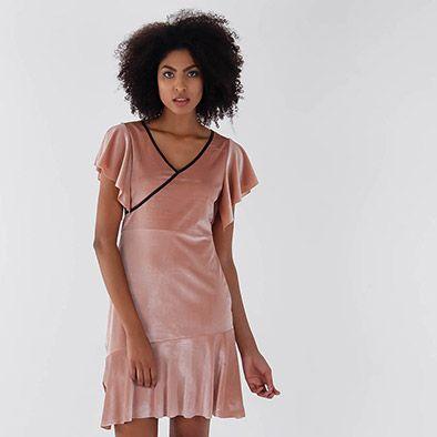 0034adcf18 Vestido em Veludo Feminino Mixxon - Rosa