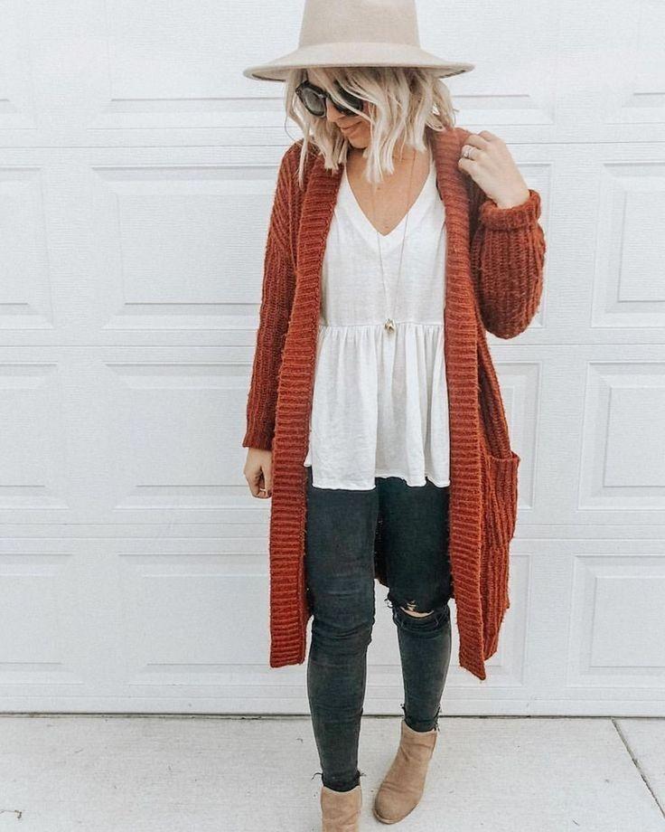 50 perfekte Winter-Outfit-Ideen mit Strickjacken