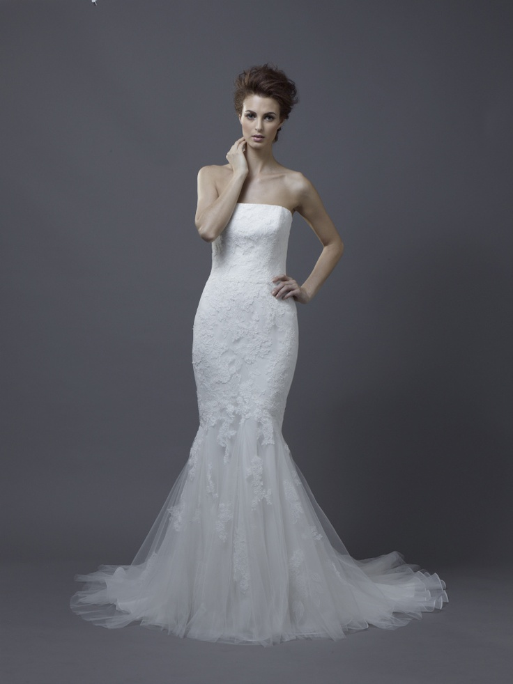 Igen Szalon Enzoani wedding dress - Halia #igenszalon #weddingdress #enzoani