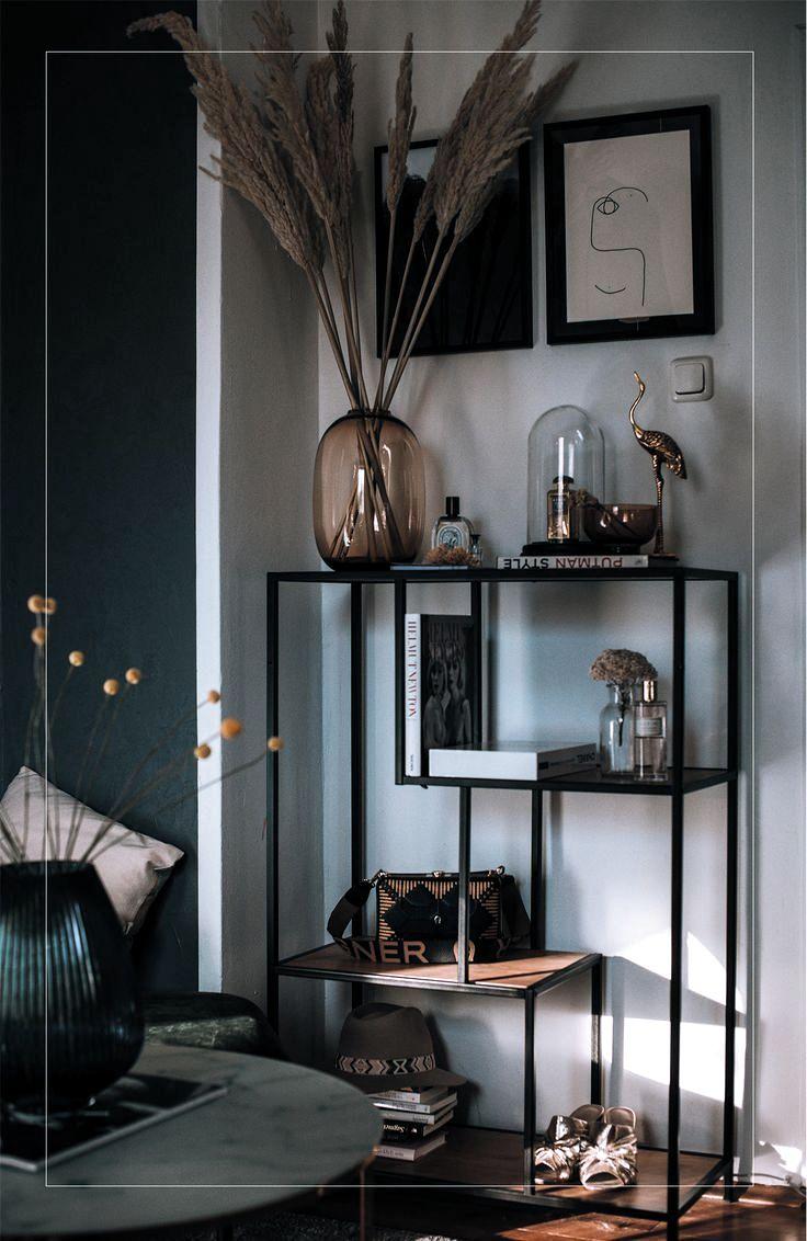 Schlafzimmer Deko mit Pampas Gras und Glas Vasen in 2020