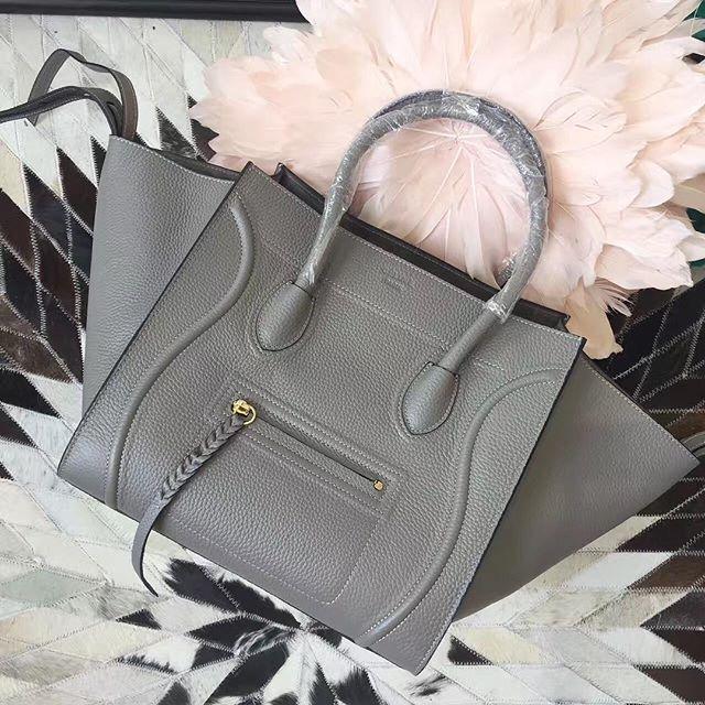 【aimee.319】さんのInstagramをピンしています。 《LINE ID:  aimee.319 DMよりラインの方が早いです。 2つ以上の購入は追加割引可能。 基本付き品:1。財布 : 専用箱、専用袋、Gカード、該当ブランドのショッパー 2。バッグ : 専用袋、Gカード、該当ブランドのショッパー #chanel#シャネル#パロディ#ルブタン#dior#ルイヴィトン#夏#雨#ラブ#グッチ#サンダル#靴#スニーカー#コピー品#バーキン#エルメス#サンローラン#セリーヌ#ラゲージ#クロムハーツ#バレンシアガ#東京#j12#大阪#カルティエ#ロレックス#時計#旅行#海#a.li celine》