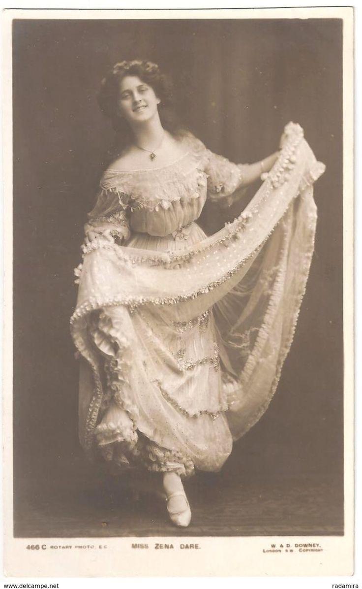 "Postcard ""Artiste Miss Zena DaRe"" England."