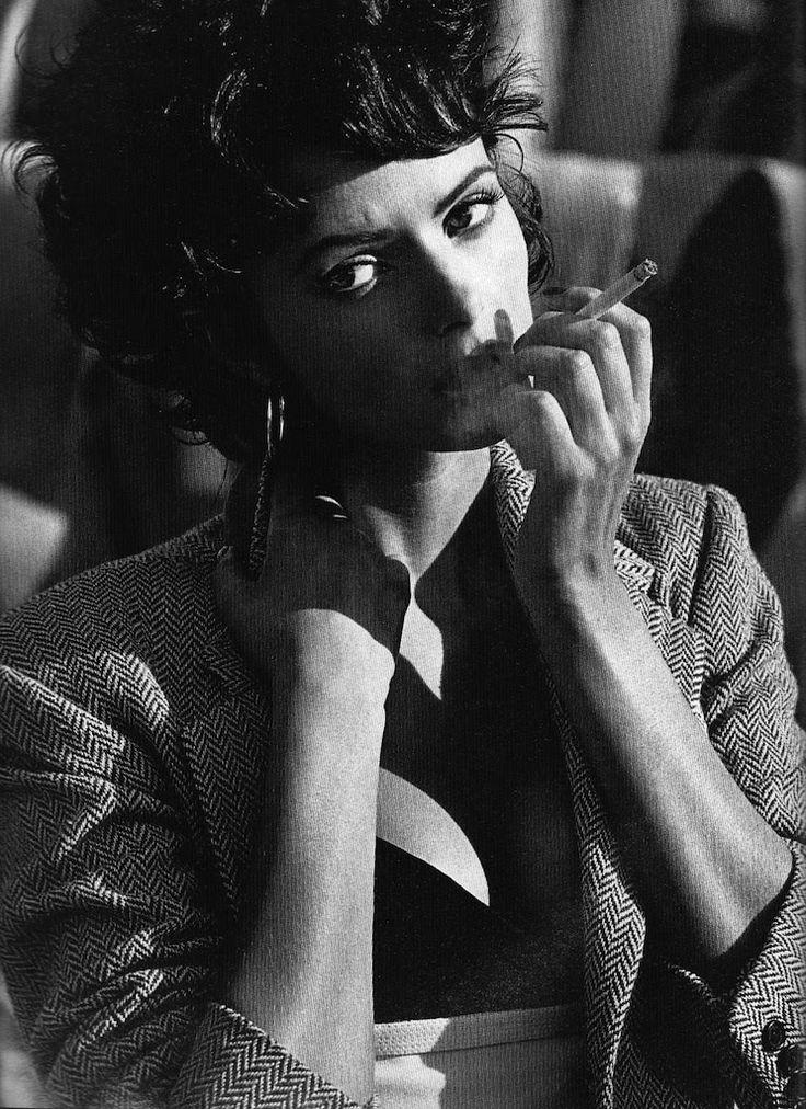 ☆ Heather Stewart-Whyte   Photography by Marc Hispard   For Glamour Magazine France   June 1993 ☆ #heatherstewartwhyte #marchispard #glamour #1993