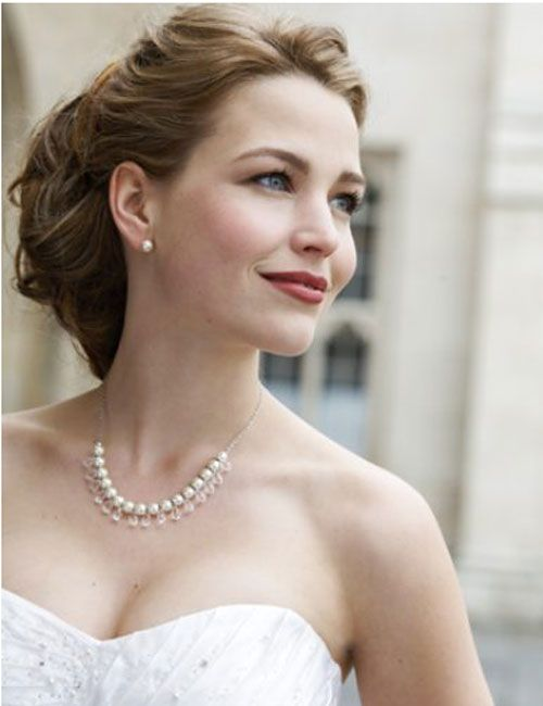 How to Have the Dewy Wedding Makeup Look