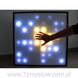 Interaktywny panel LED do terapii świetlnej