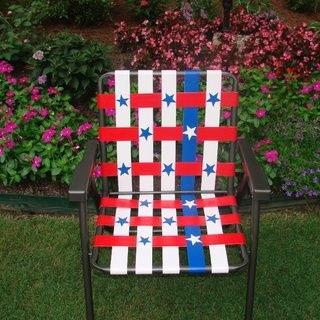 DIY- Stars and Stripes Duct Tape Lawn Chair- a great way revive an old lawn chair!