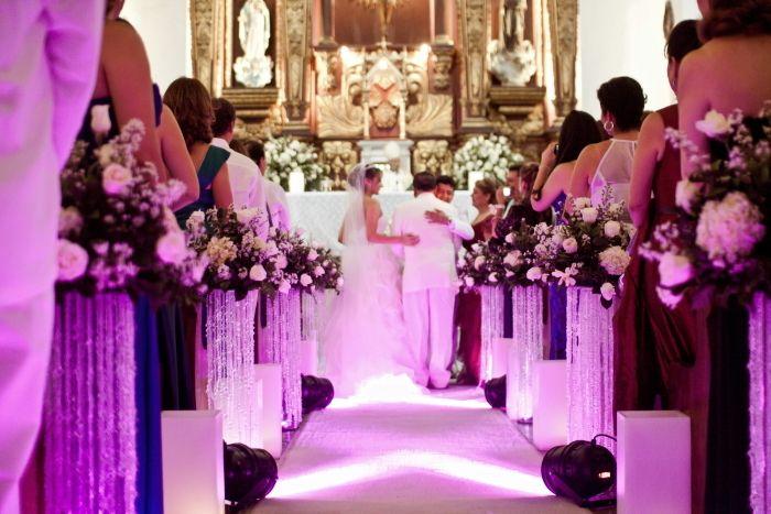 Casarse en Cartagena de Indias es sinónimo de historia, elegancia y tradición. Por eso hoy queremos presentarles Bodas y Glamour Regina Brieva: una opción ideal para olvidarse del estrés y disfrutar una boda de ensueño.