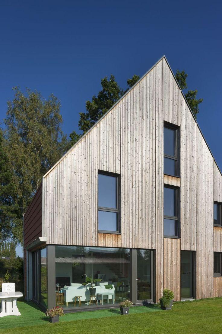 25 beste idee n over houten gevelbekleding op pinterest hout architectuur moderne schuur en - Stenen huis uitbreiding ...
