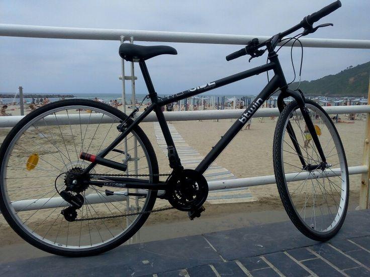 Btwin city bike in Zurriola beach