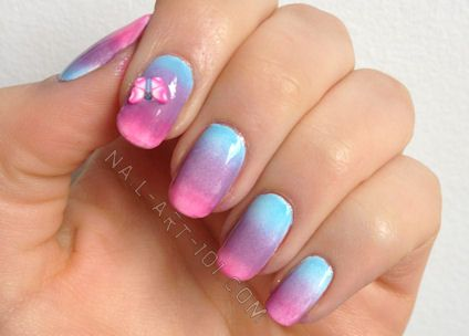 Gradient nails tutorial with step by step photos and advice on application.  Gradients are so popular right now, and really easy to do with this simple sponge method.