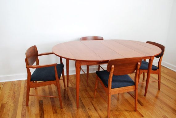 Conant Ball Furniture Dining Room Table