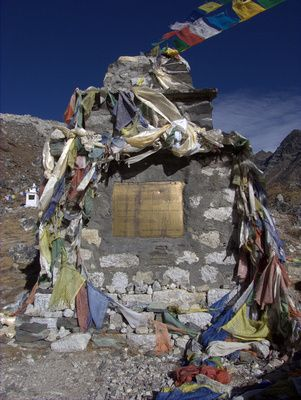 Everest Base Camp Trek Day 6: Lobuche memorial for the fallen - t the top of this mountain trail lies a memorial for fallen climbers. We stood alone surrounded by stupas and small stone walls marking out the memorial area.    It was remote, and solitary. It wipes the smile from your face as you realise where you are now.    The explorers before you are remembered here. Those chasing dreams and paying with their lives.: Everest Based, Based Camping, Camping Journals, Stones Wall, Small Stones, Lobuch Memories, Stone Walls, Camping Trek, Memories Area