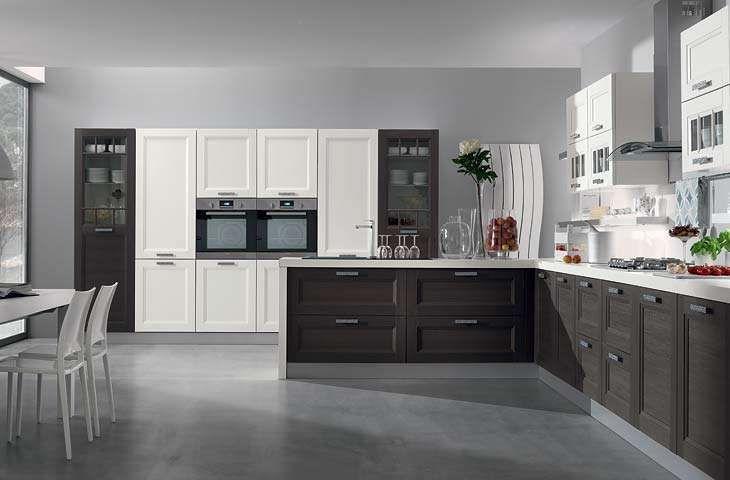 Cucina grigia e bianca - Cucine bicolore per un ambiente dal design originale.