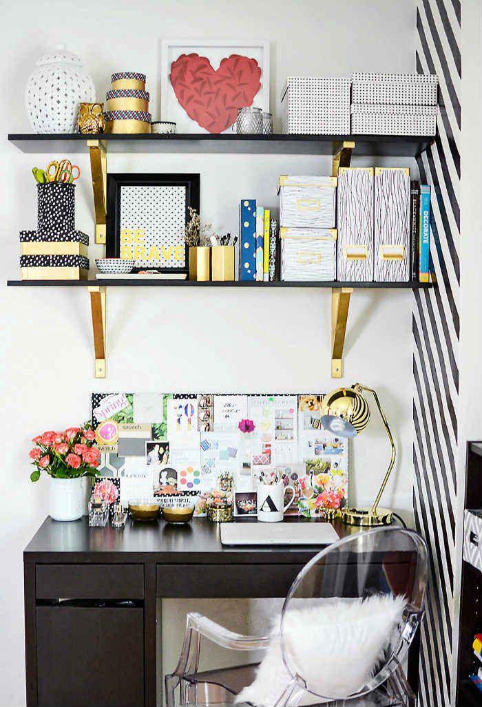 15 κομψά γραφεία σε λευκό και χρυσό για να αντιγράψεις!