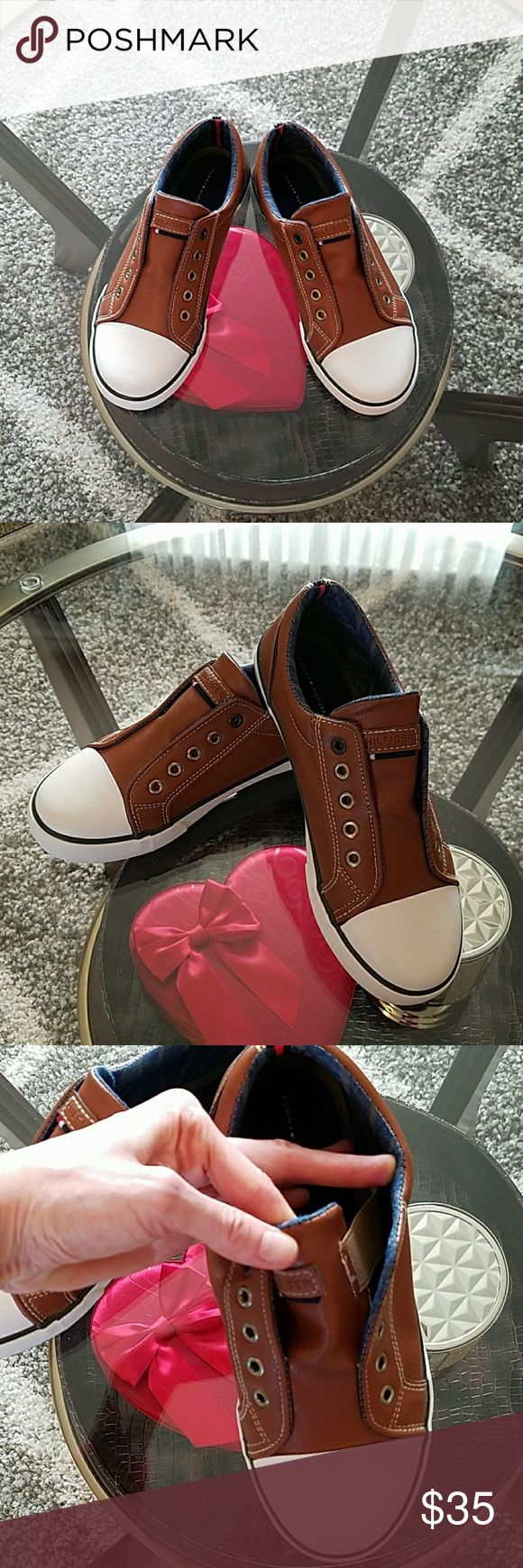 Tommy Hilfiger sneakers New Tommy Hilfiger sneakers  Size 4 Tommy Hilfiger Shoes