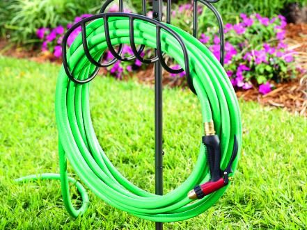 Best 25+ Garden hose storage ideas on Pinterest | Hose ...
