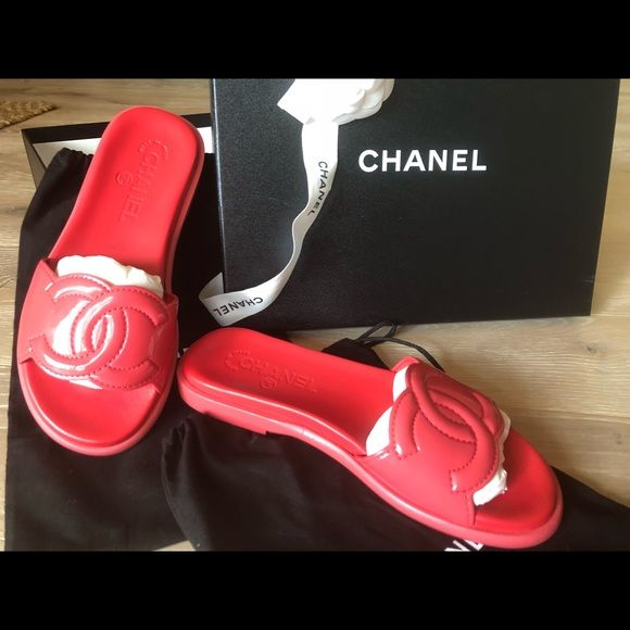 Chanel Red Patent Maxi Cc Logo Mules