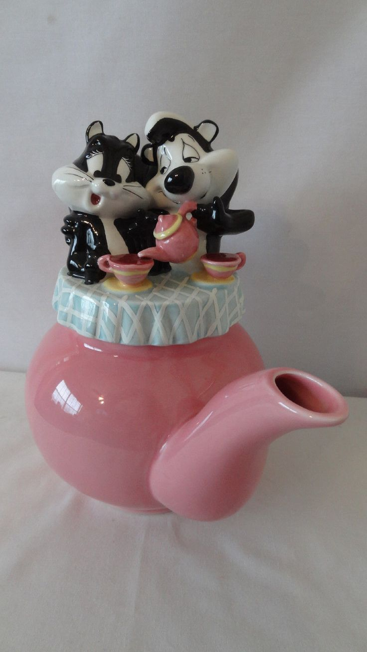 Warner Brothers 1998 Pepe Le Pew and Penelope Cup of Tea Teapot F764 | eBay
