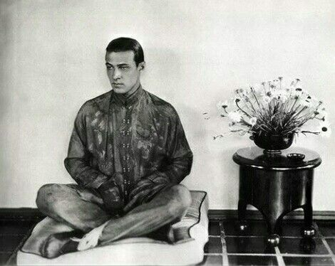 Rudolph Valentino at Whitley Heights, 1921.