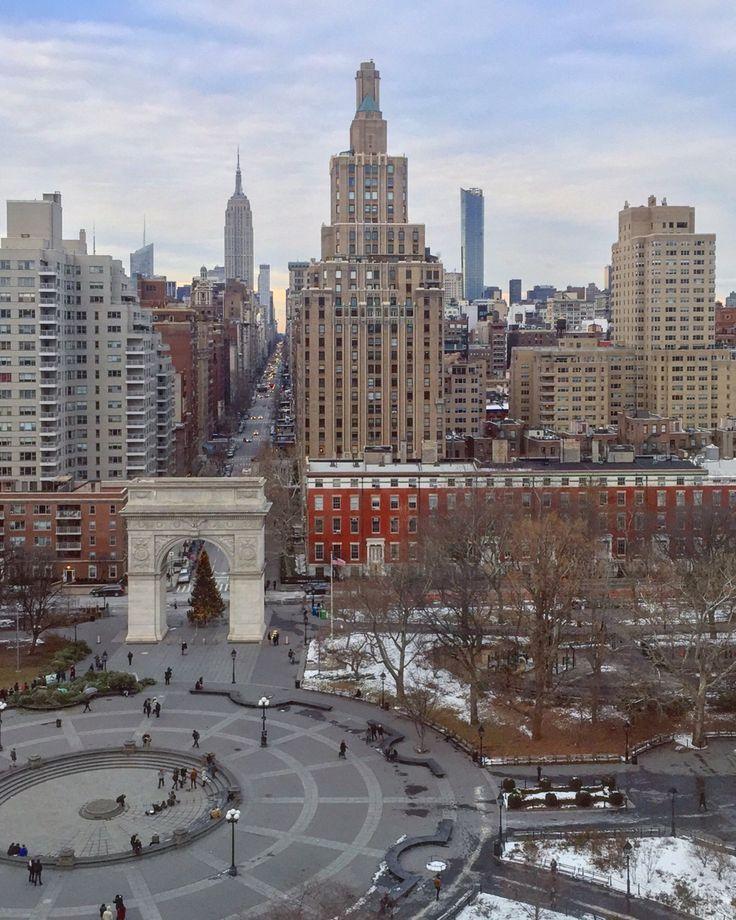 Washington Square Park by @TommyGeeNYC | newyork newyorkcity newyorkcityfeelings nyc brooklyn queens the bronx staten island manhattan