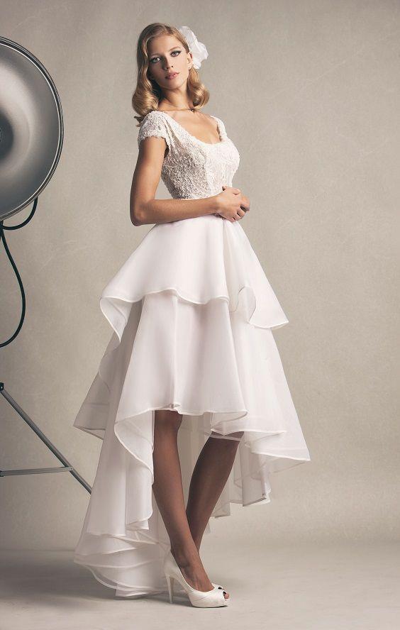 Shirley, Abito corto/lungo in organza in seta con gonna che si può staccare.Prezioso ricamo a mano. #marsilmodasposa #weddingdress #madeinitaly #bridaldress