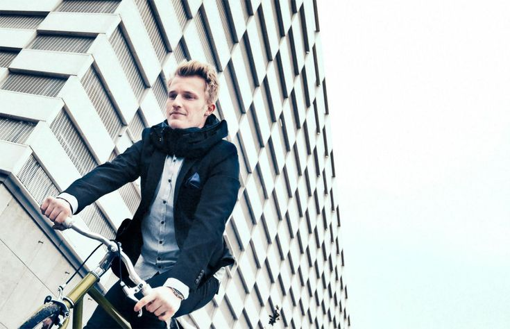 Hövding – The invisible bicycle helmet http://style-ins.com/hovding-invisible-helmet/