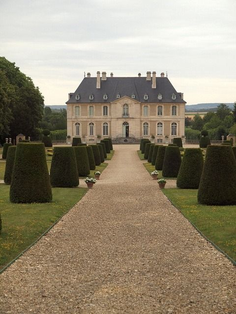 Chateau Vendeuvre, Normandy