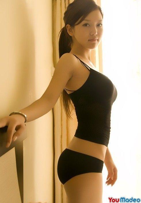 Belles filles asiatiques nonnude