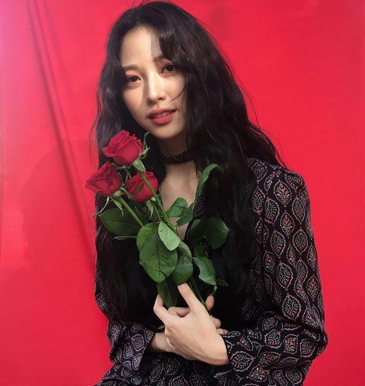 Actress Ryu Won on instagram @rw2100