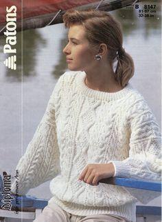 Ladies aran cable sweater / jumper dolman sleeve 32 by Hobohooks