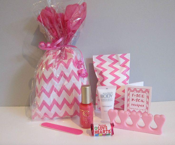 Pink Chevron/zig zag Pamper/sleepover/spa/pyjama/slumber Girlie/teen party Bags