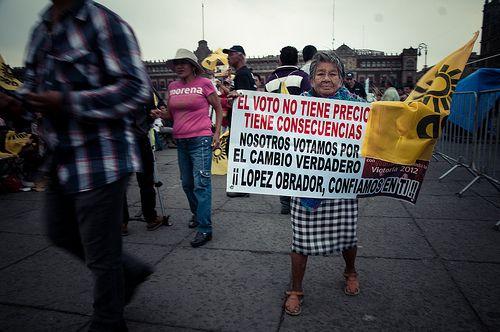 México: Ciudadanos decepcionados tras debate de candidatos presidenciales  http://es.globalvoicesonline.org/2012/05/08/mexico-ciudadanos-decepcionados-tras-debate-de-candidatos-presidenciales/